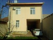 Новый из жженого кирпича двухэтажный дом с евроремонтом